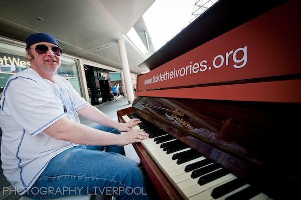 Tickle_the_Ivories_Liverpool_One_Photography_Liverpool-1