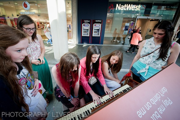 Tickle_the_Ivories_Liverpool_One_Photography_Liverpool-11